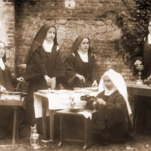 Photo 40 - Saint Therese of Lisieux