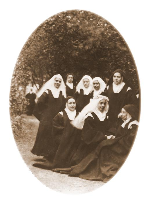 Photo 32 - Saint Therese of Lisieux