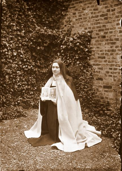 Photo 42 - Saint Therese of Lisieux